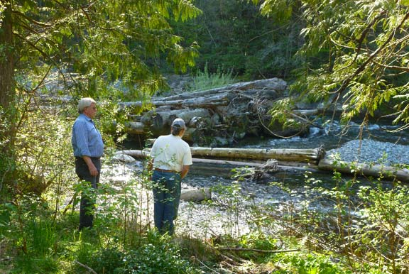 Camp Wa-Ri-Ki Advisory Group reviews Washougal River Access.